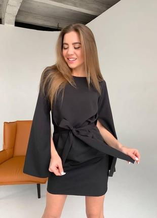 Крутое платье с рукавами пояском