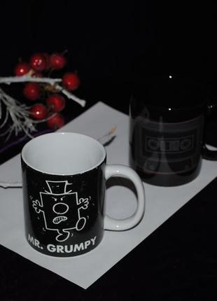 Чашка черная 325 мл grumpy ворчун сварливый аристократ кружка мужская