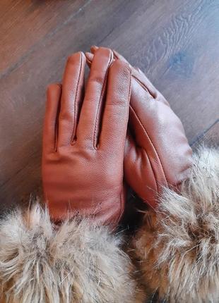 Кожаные демисезонные перчатки рыжего цвета