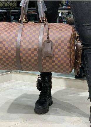 Дорожная сумка а так же для спорта и фитнеса