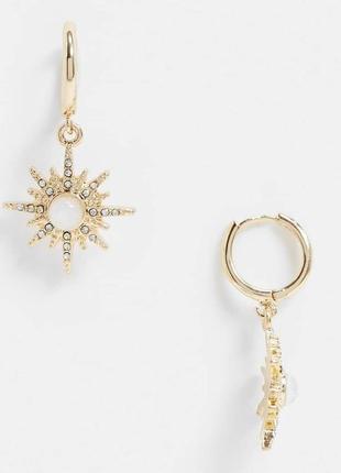 Серьги-кольца со звездой в стразах
