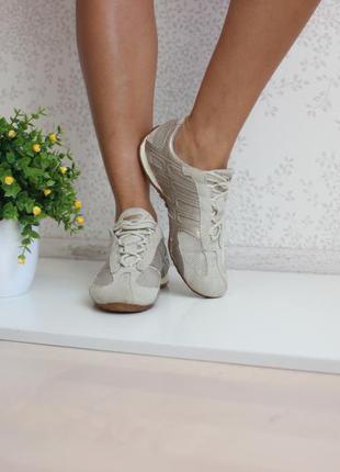 Замшевые кроссовки, ортопедическая стелька, дышащая подошва, бренд geox