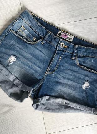 Шорты, шорти, джинсовые шорты.