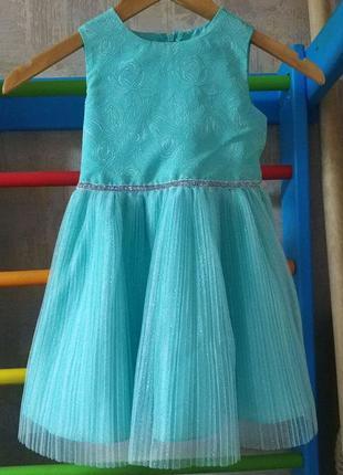 Нежнейшее платье на 4-5 лет, рост до 116 см