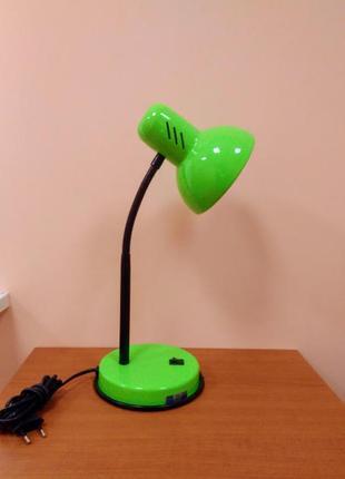 Настольная лампа салатовая