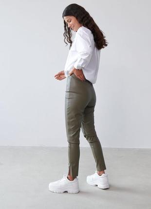 Лосины леггинсы штаны из экокожи sinsay