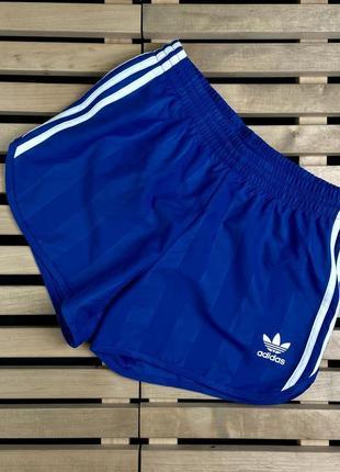 Очень красивые мужские шорты adidas размер s