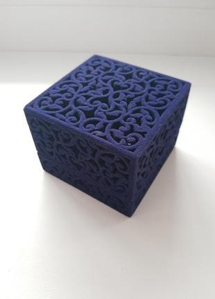 Коробочка для кольца с бархатным покрытием ажур синяя