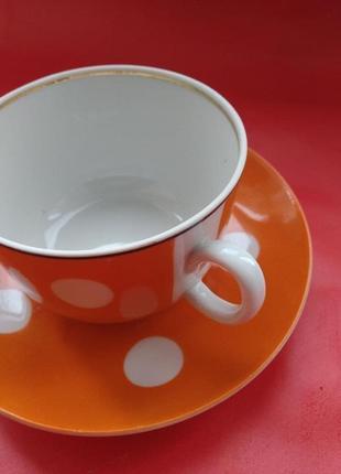 Чайный сервиз в горошек