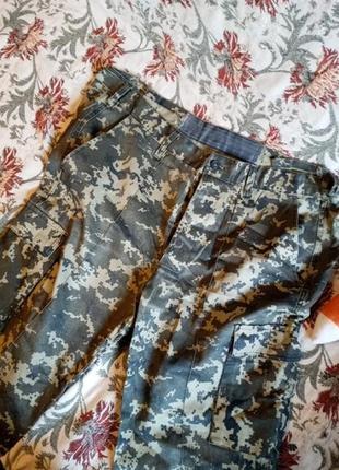 Камуфляжные рабочие штаны
