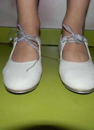 Туфли белые для танцев rv  на девочку 36,5 р3 фото