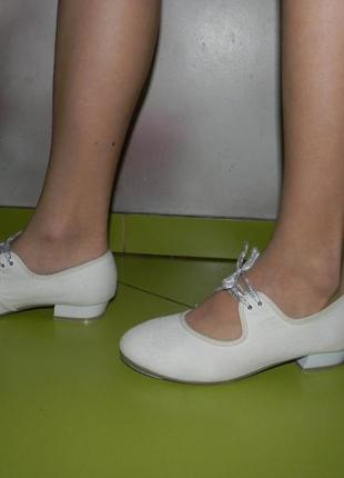 Туфли белые для танцев rv  на девочку 36,5 р8 фото
