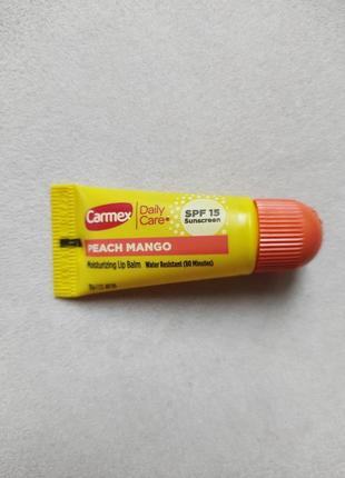 Бальзам для губ carmex daily care lip balm peach mango, spf 15 из сша