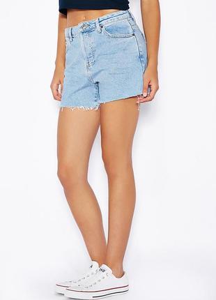 Трендовые голубые мом шорты topshop ashley джинсовые