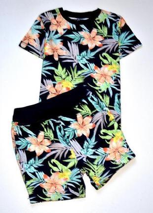 Next костюм для летнего отдыха в тропический принт. 4-5 лет