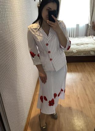 Шикарный винтажный костюм с маками юбка пиджак