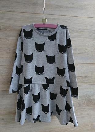 Платье с котиками 5-7лет