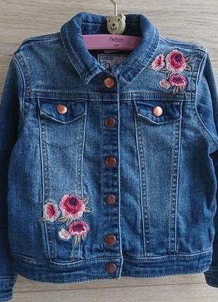 Джинсовый пиджак с вышивкой f&f 4-5лет