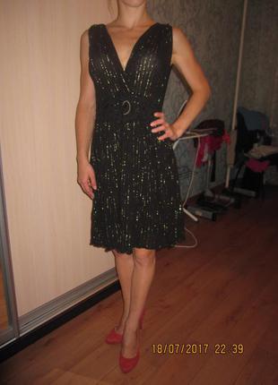 Оригинальное платье asos в идеальном состоянии
