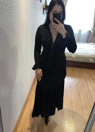 Винтажный чёрный костюм с юбкой