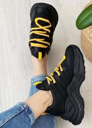 Кроссовки чёрные женские кожаные кожа текстиль желтые на шнуровке