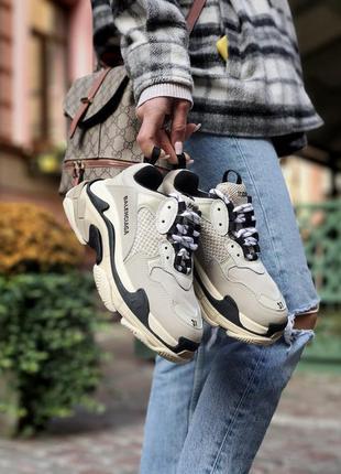 Кросівки triple s beige кроссовки