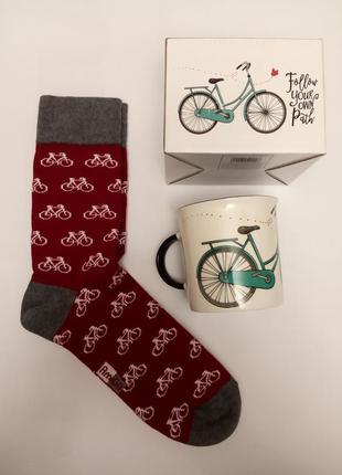 Набор подарочный велосипедисту чашка и носки