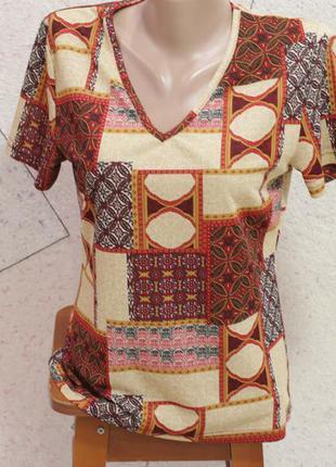 Отличная футболка в египетском стиле. размер 38-42