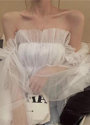 Белая рубашка сатиновая с пышными рукавами молочного цвета