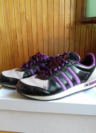 """Кроссовки adidas, колекция """"respect me"""""""
