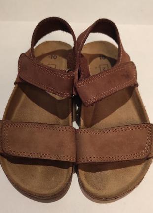 Кожаные босоножки сандалии next