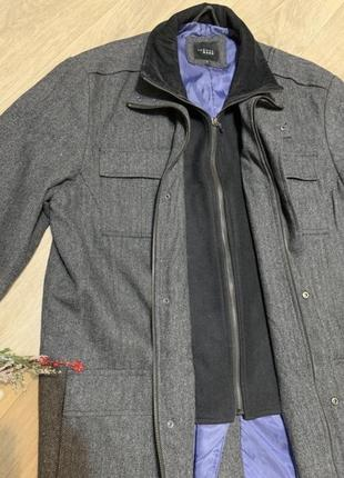Крутое шерстяное пальто
