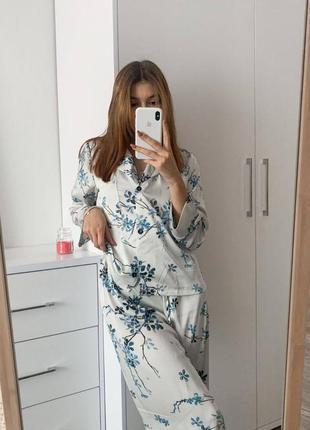 Женская шёлковая пижама armani
