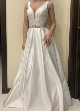 Свадебное/вечернее/танцевально платье xs