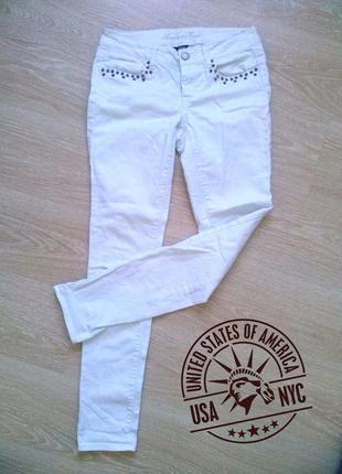 Белые коттоновые джинсы american eagle