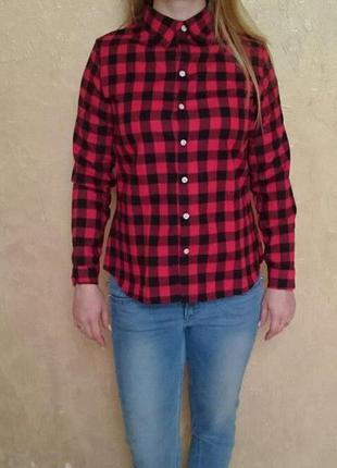 891a436f7ff Женская рубашка в красно-черную клетку размер m и l