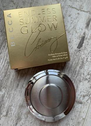 Палетка хайлайтеров и бронзера becca x chrissy teigen endless bronze & glow