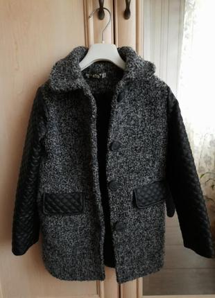 Пальто для модниці
