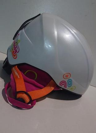 Фирменный горнолыжный шлем. франция.