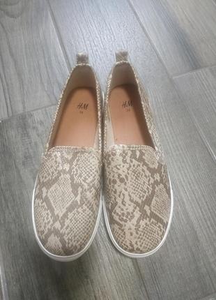 🌟🌟🌟лофери,туфлі h&m, устілка 22,5 см🌟🌟🌟