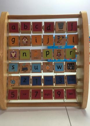 Деревянный алфавит английского