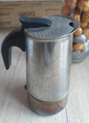 Чайник для варки кофе (гейзерная кофеварка)