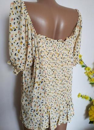 Блуза в цветочный принт 🌼