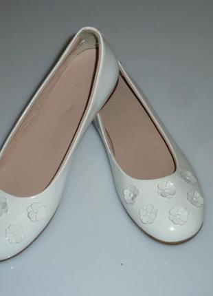 Vero cuoio armani белые кожаные туфли , р 35, стелька 22,7 см