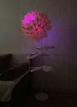 Необычный торшер цветок георгин с цветной светодиодной led-лампочкой на пульте управления