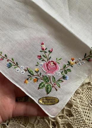 Ручная работа ! винтаж! вышывка шикарный батистовый платок носовой