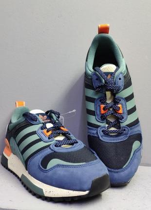 Кроссовки adidas zx 700 hd