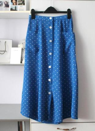 Синяя миди юбка в горошек от miss selfridge
