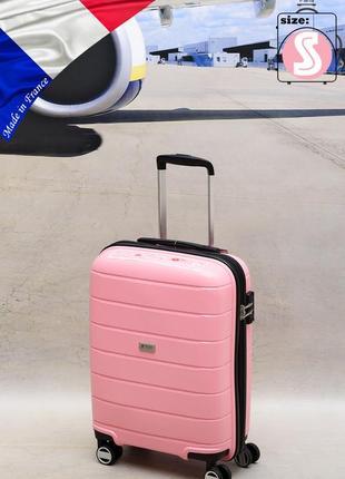 Чемодан малый из поликарбоната на 4-х колесах airtex 232  pink