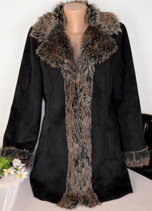 Черная дубленка с меховым воротником и карманами e-vie authentic этикетка